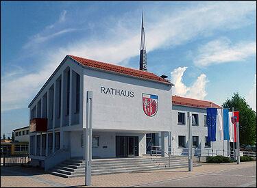 Rathaus_Oerlenbach_neu