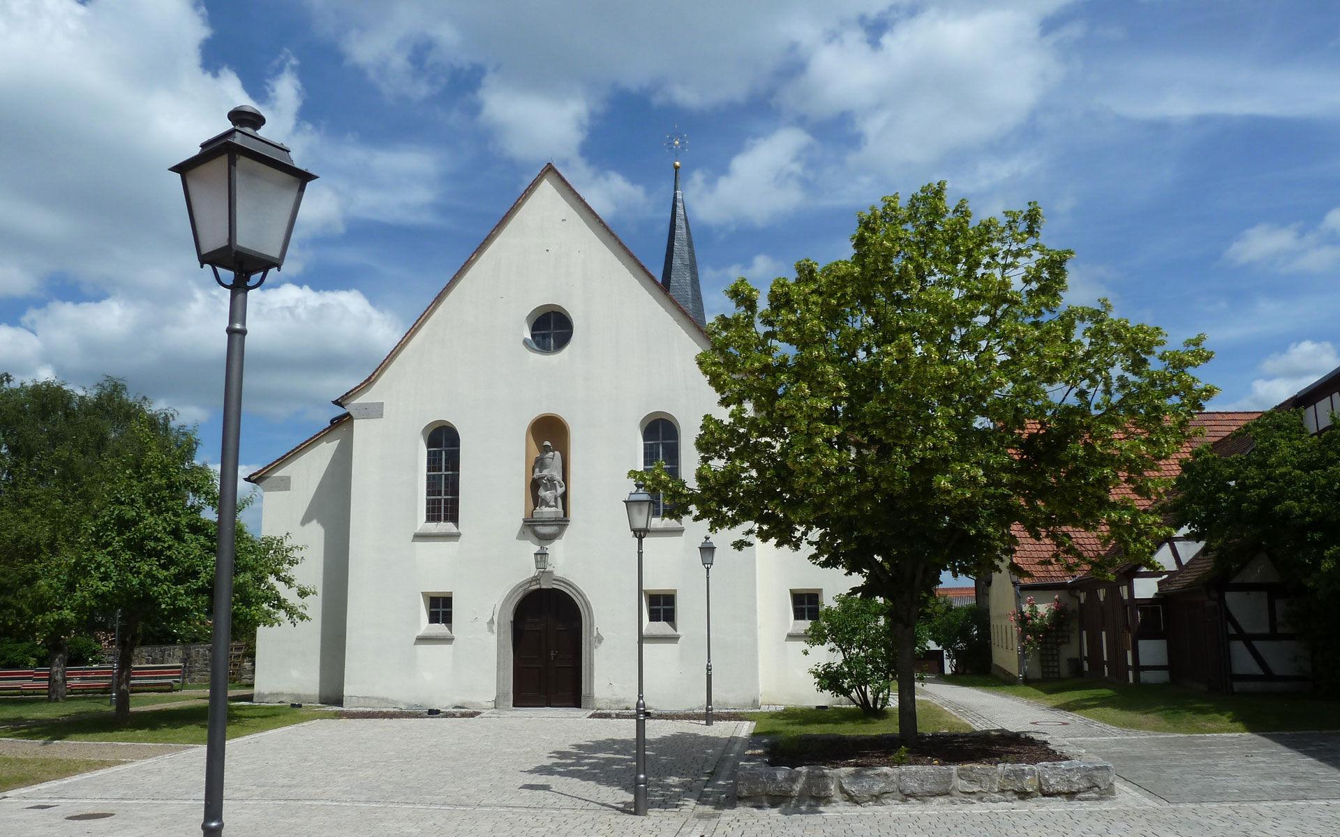 Eltingshausen_Dorfplatz_01